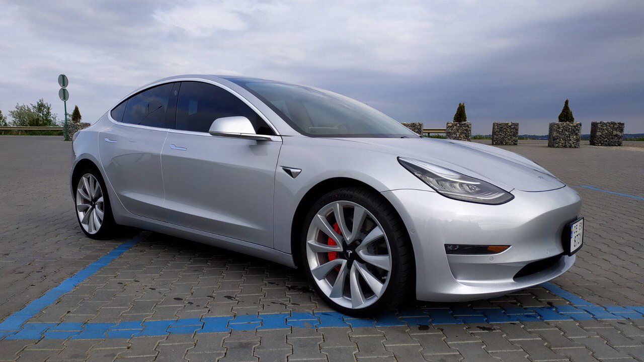 cabriolet, sports car rental in Kiev Tesla Model 3