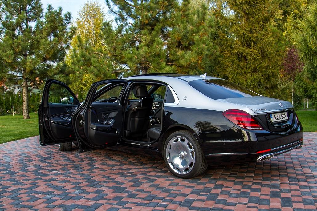 cabriolet, sports car rental in Kiev Mercedes Maybach (5)