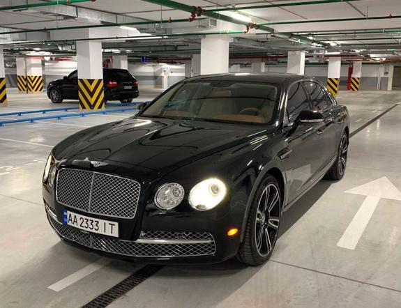cabriolet, sports car rental in Kiev Bentley Flying Spur