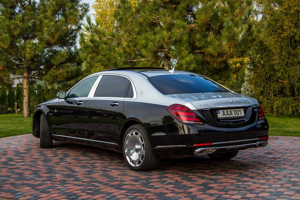 cabriolet, sports car rental in Kiev Mercedes Maybach (3)