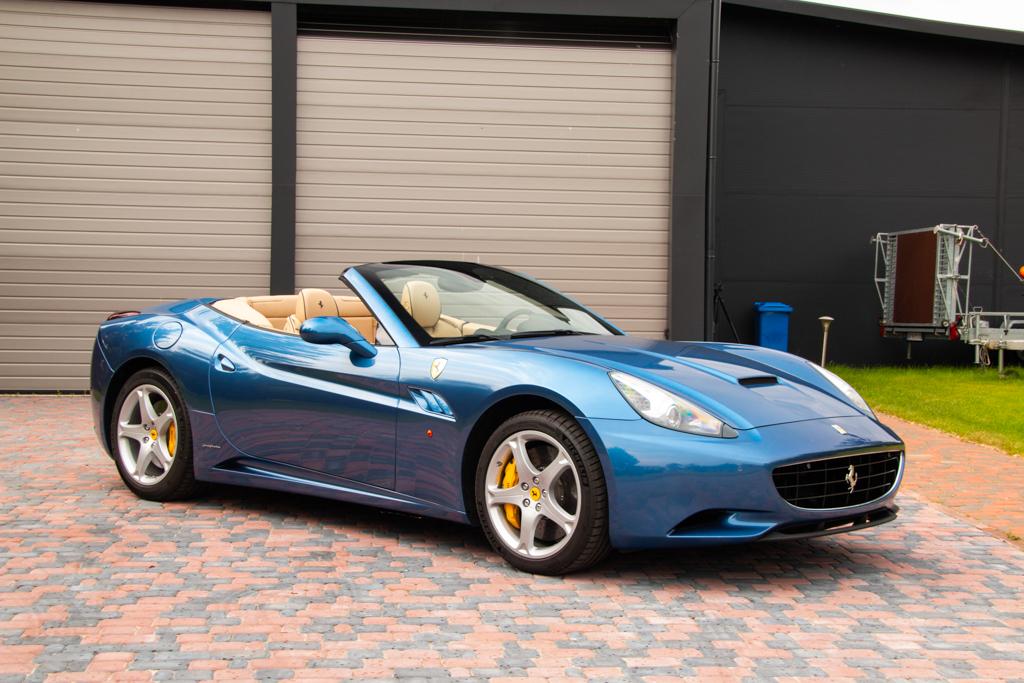 Ferrari California (5)