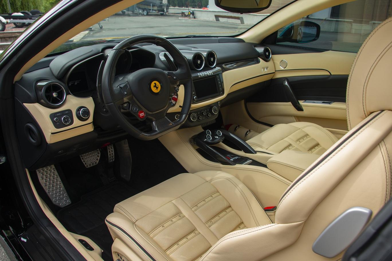 cabriolet, sports car rental in Kiev Ferrari FF (6)