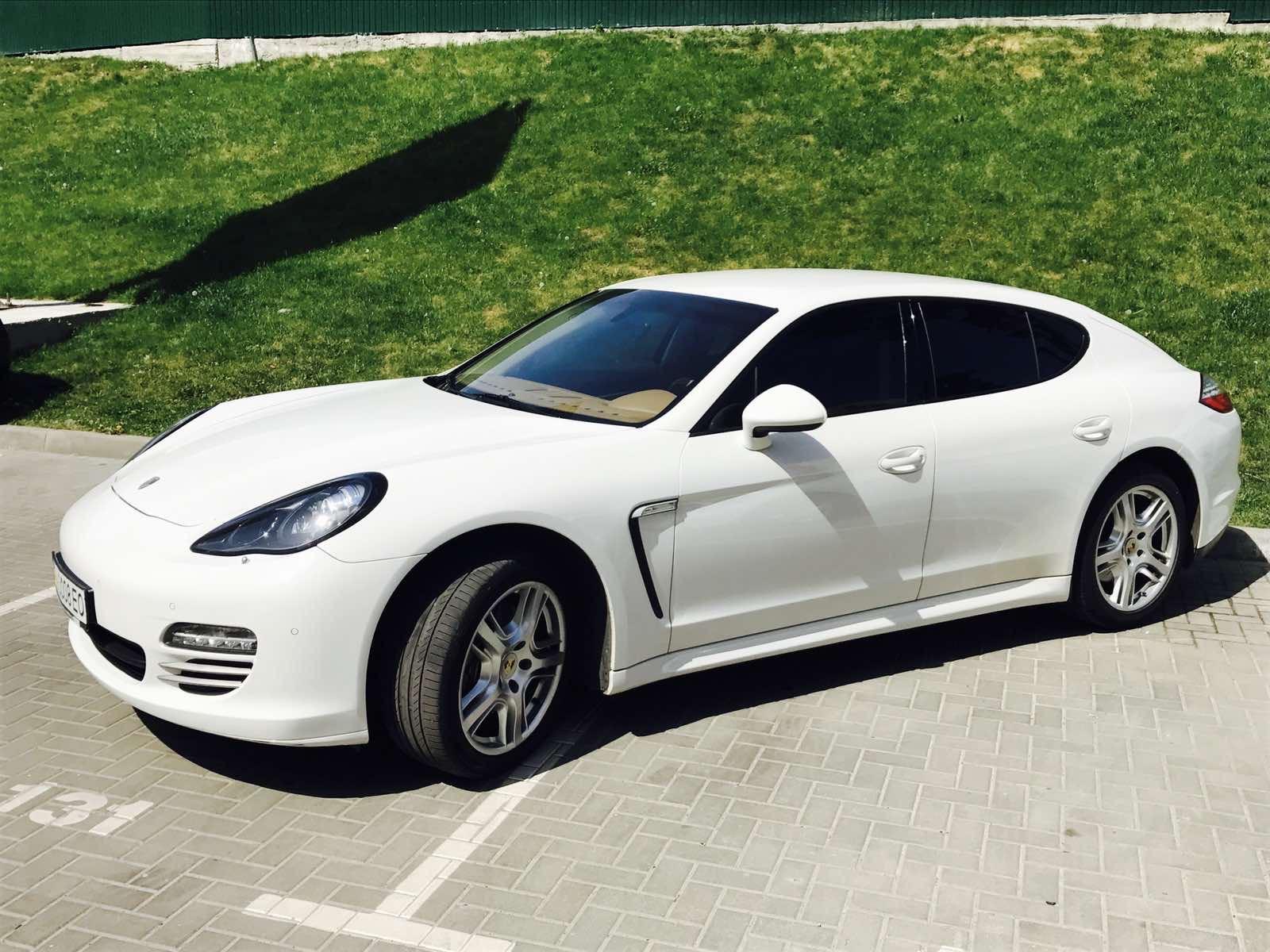 cabriolet, sports car rental in Kiev Porsche Panamera