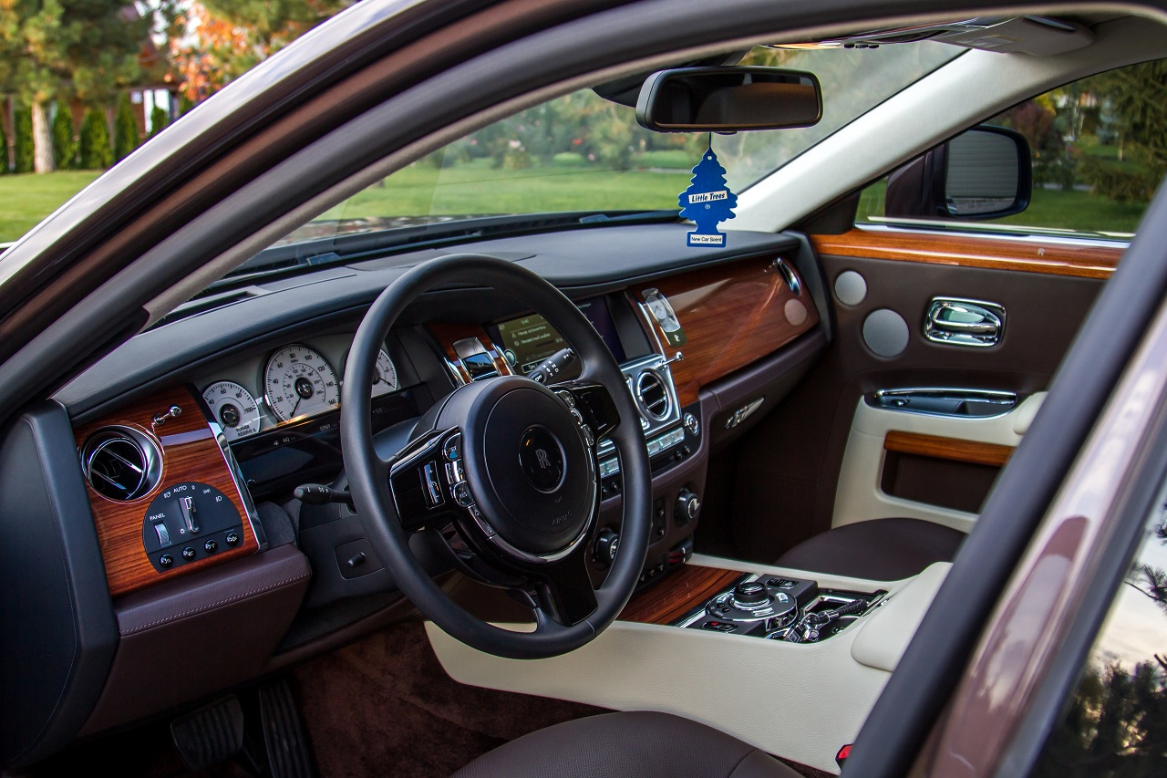 cabriolet, sports car rental in Kiev Rolls Royce Ghost (6)