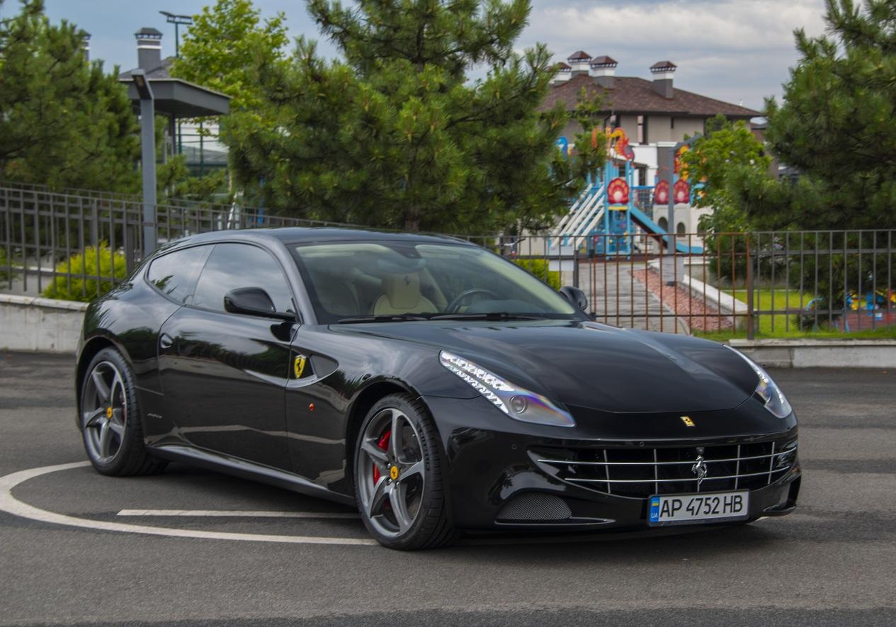 cabriolet, sports car rental in Kiev Ferrari FF