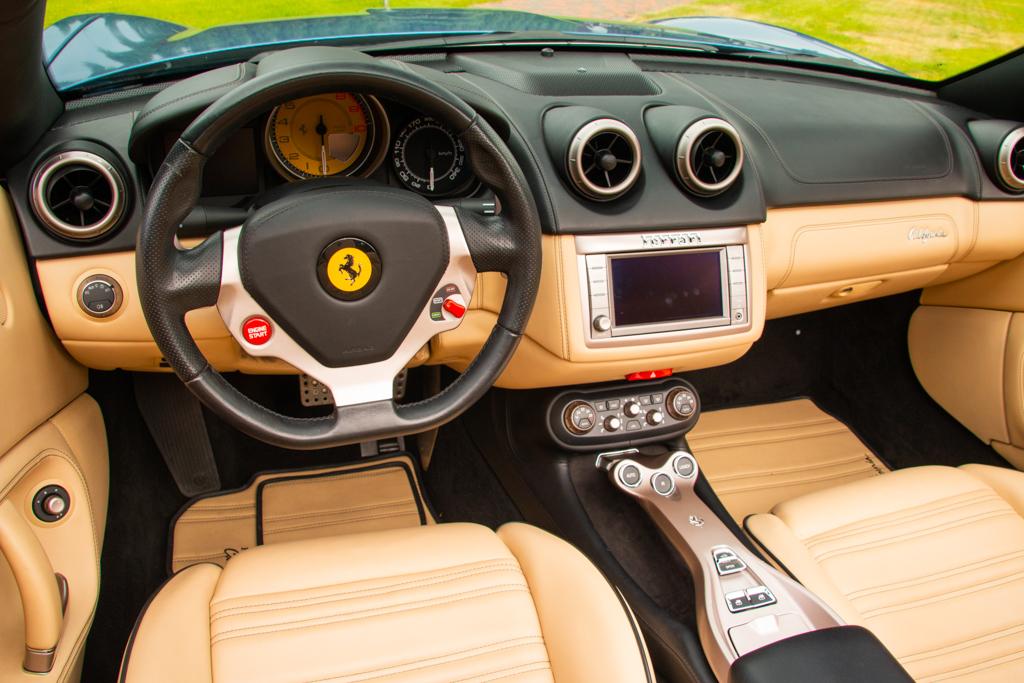 Ferrari California (6)