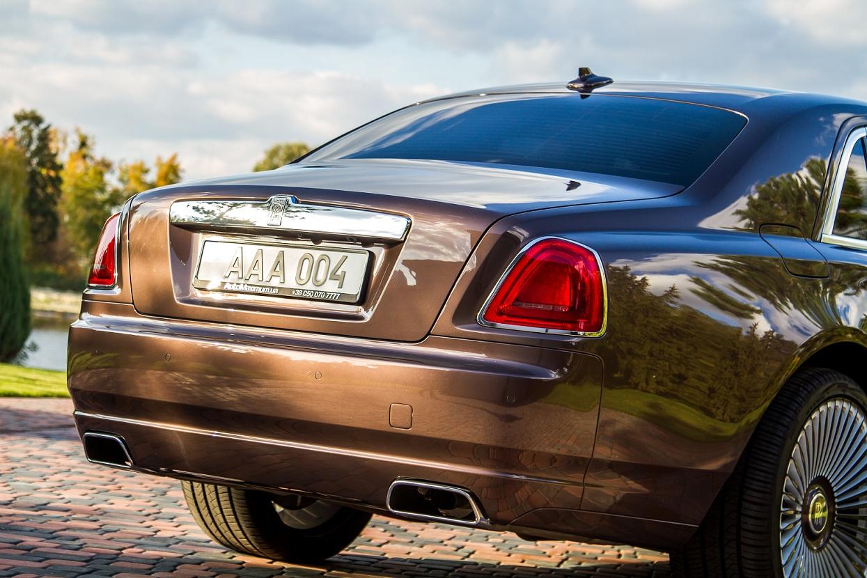 cabriolet, sports car rental in Kiev Rolls Royce Ghost (3)