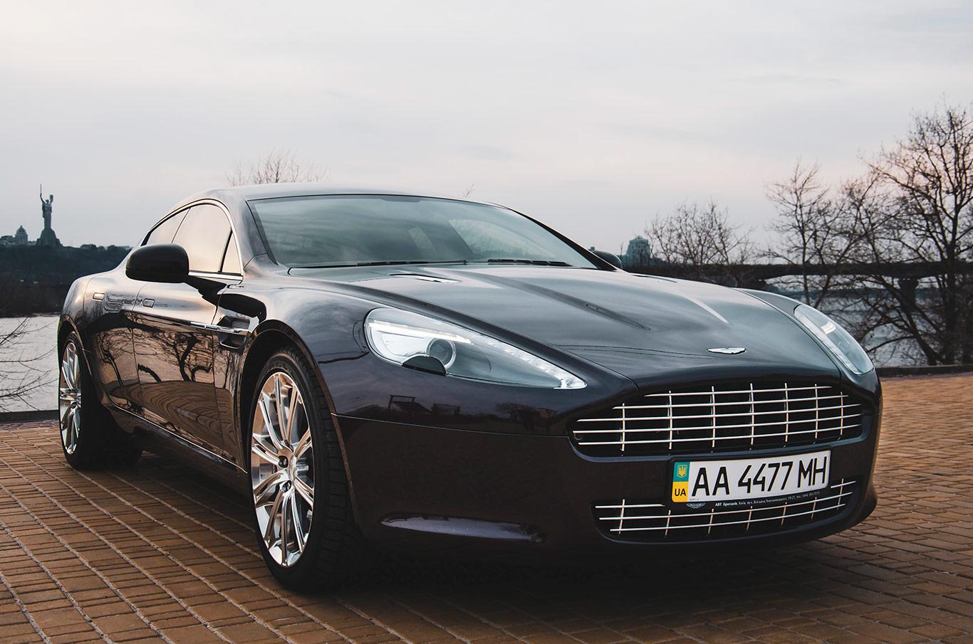 Aston Martin в аренду Киев