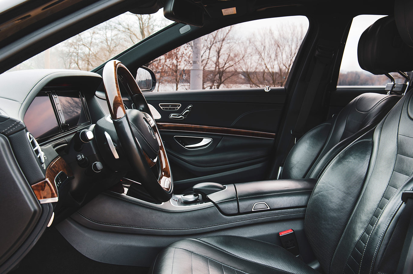 аренда Mercedes S-Class S550 в Киеве