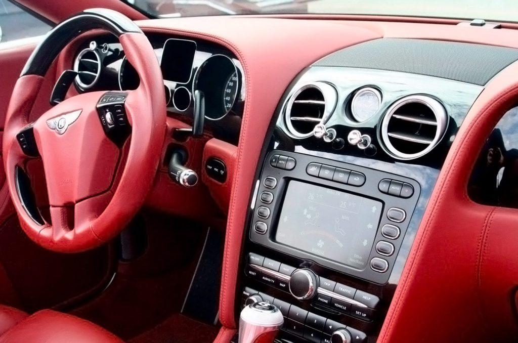 Спорткар Бентли серии Gran Turismo напрокат в Киеве (1)