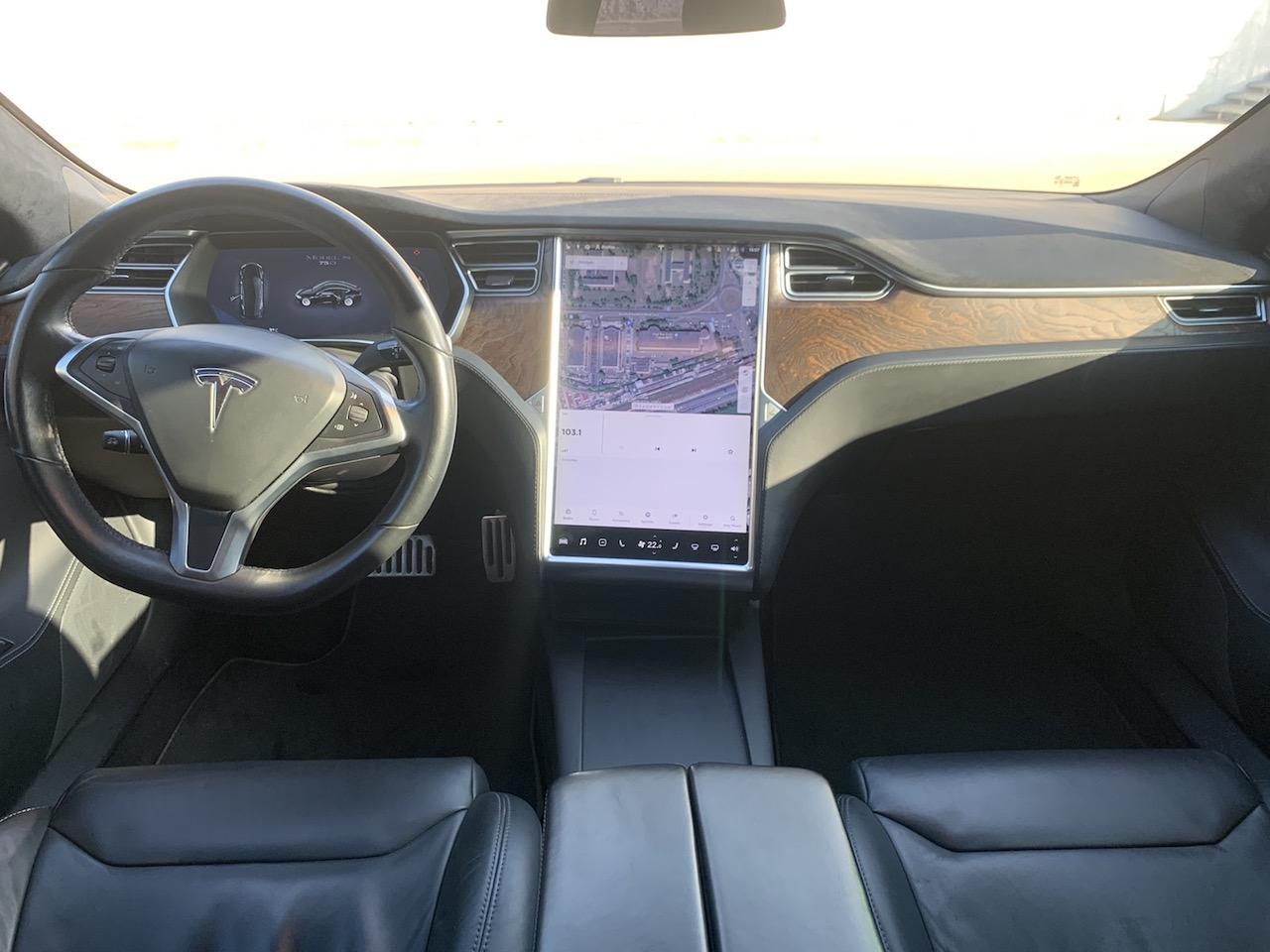 Аренда Tesla Model S в Киеве - Rent convertible in Kiev, rent sports (1)